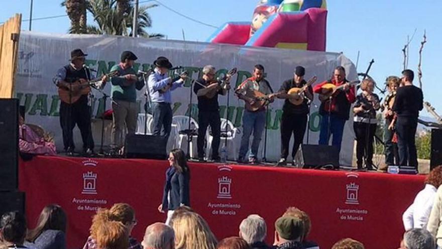 La música, las cuadrillas y el folclore se adueñan de Torreagüera