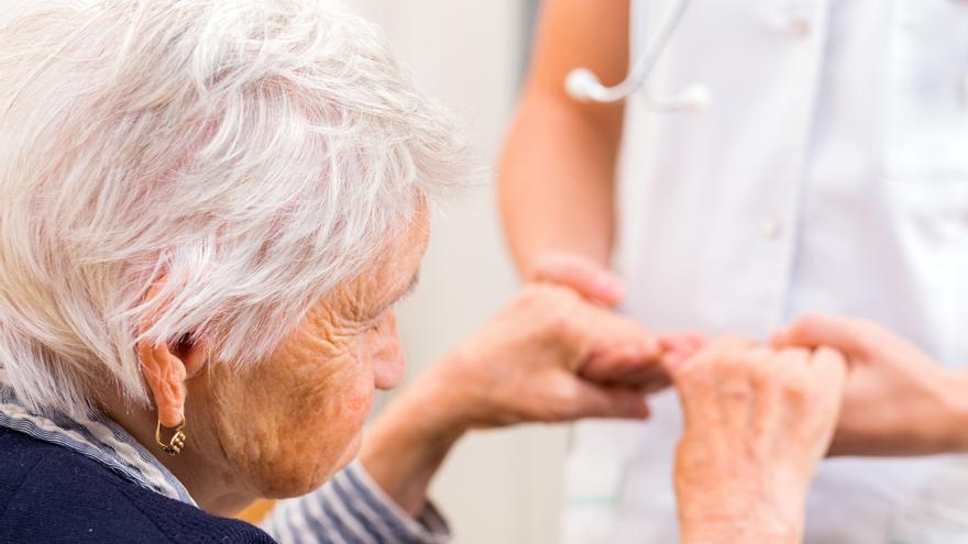 Añaden inteligencia artificial a pruebas de Alzheimer para un diagnóstico más preciso