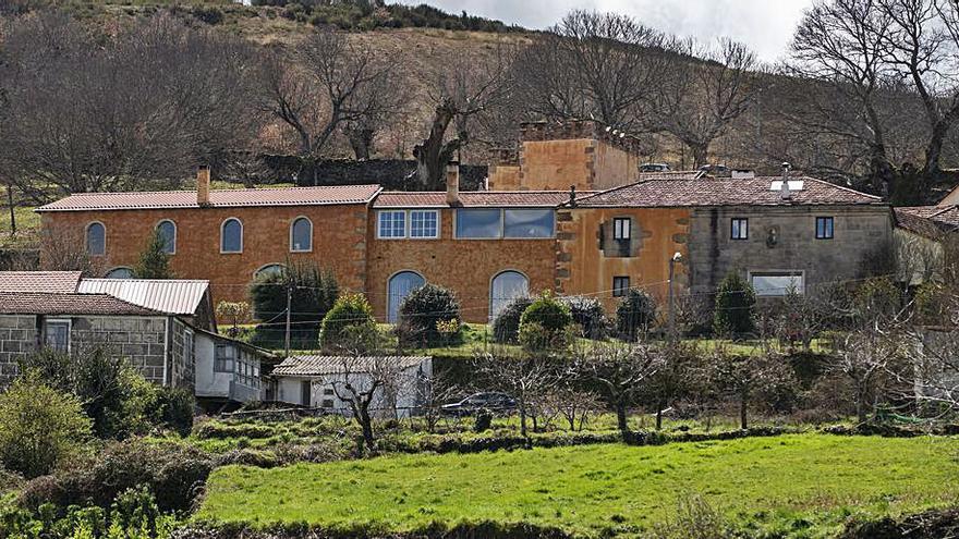 Acusado de daños con un tractor en la casa donde vivía Mario Conde
