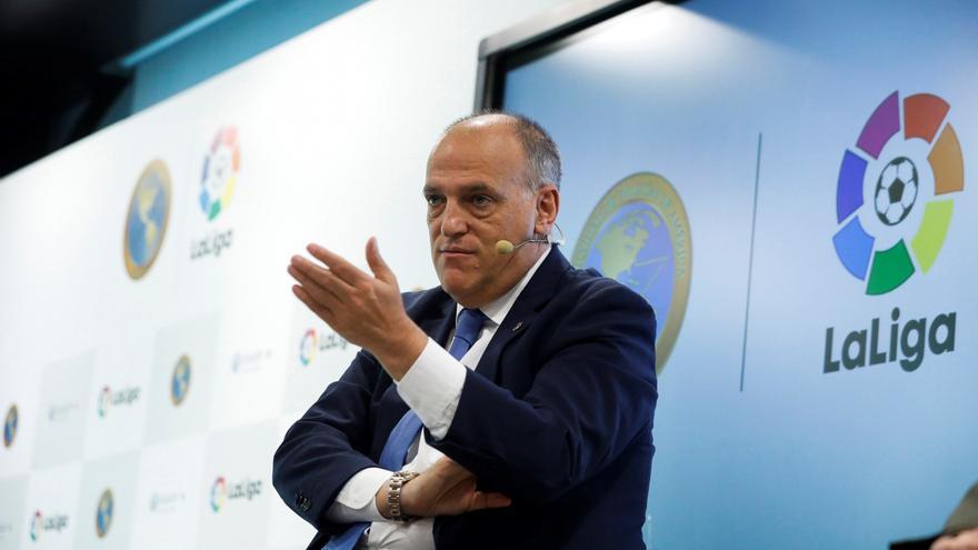 Tebas responde a todo antes del derbi asturiano: esto opina sobre Javier Fernández, Arturo Elías y la paz institucional