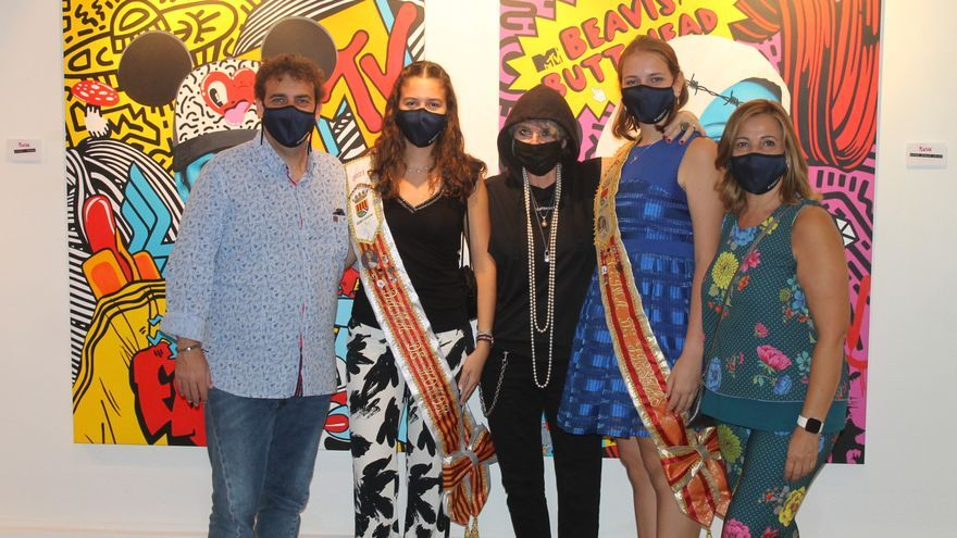 Benicàssim abre la programación cultural de las fiestas con el arte de Puntax