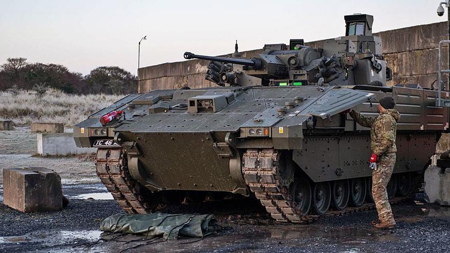 Reino Unido estudia cancelar el programa de tanques Ajax, en el que participa Trubia