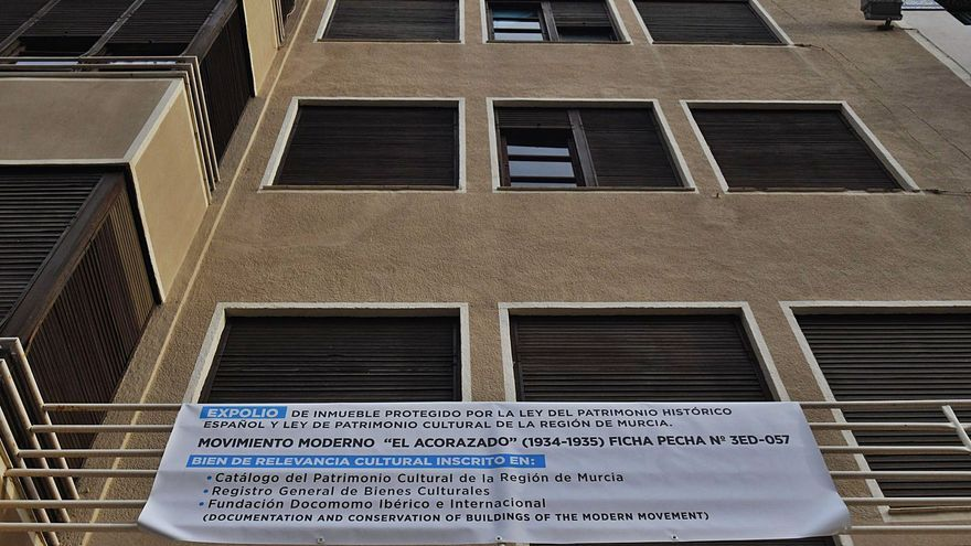 """Denuncian un """"expolio"""" en 'El Acorazado' de Santo Domingo"""