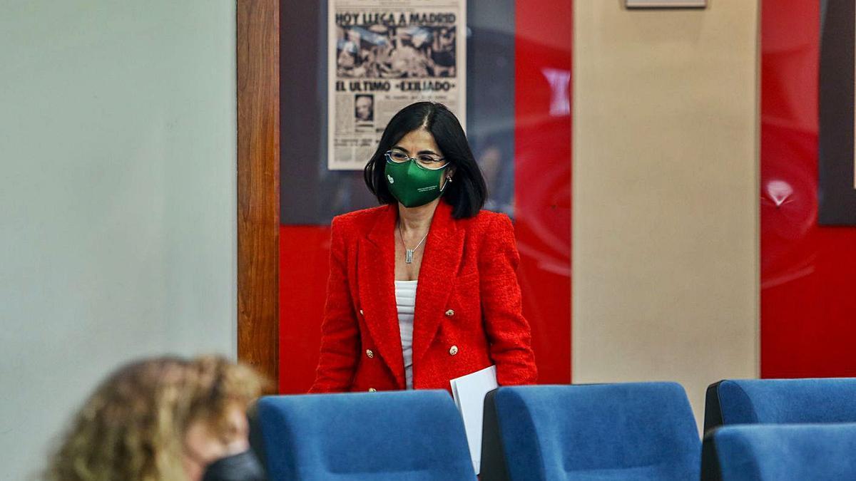 La ministra de Sanidad, Carolina Darias, ayer, en Madrid. |   // EFE
