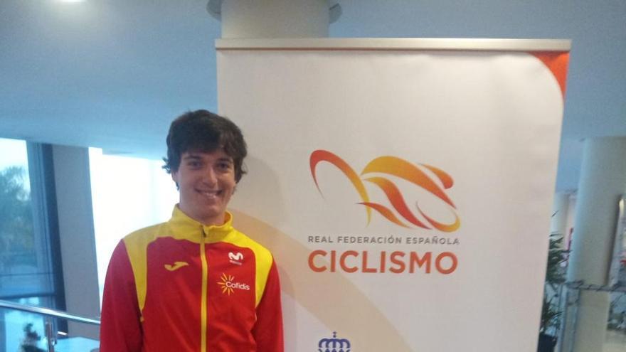 Alejandro Gómiz disfruta en Alicante de las jornadas organizadas por la RFEC