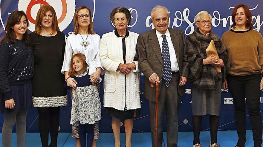 """Los dueños de Muniello Electricidad, premio """"Familia Empresaria"""" asturiana"""