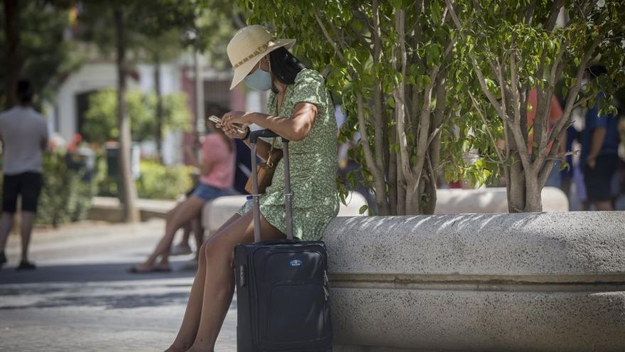 Las pernoctaciones hoteleras se disparan un 176,5% en Canarias en julio