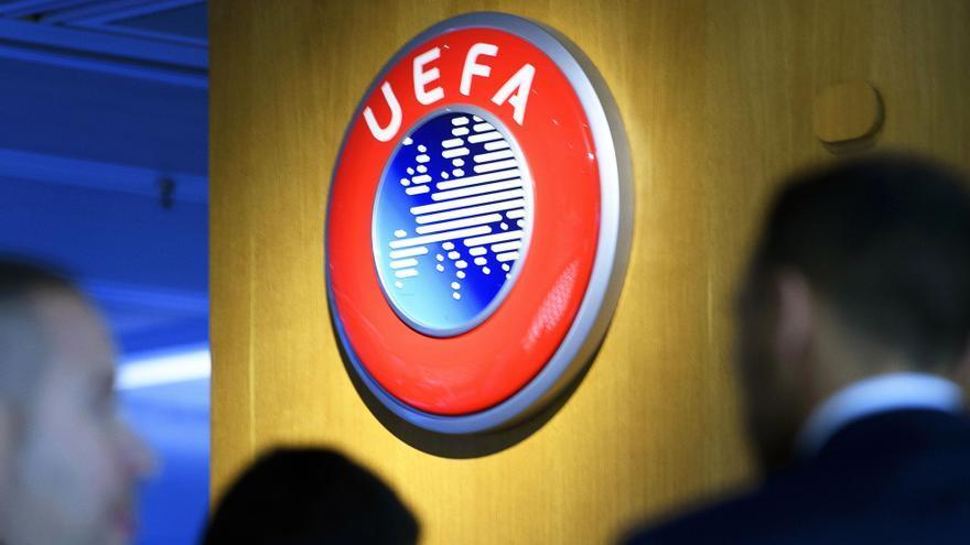 Dos empleados de la UEFA fueron detenidos en abril por corrupción