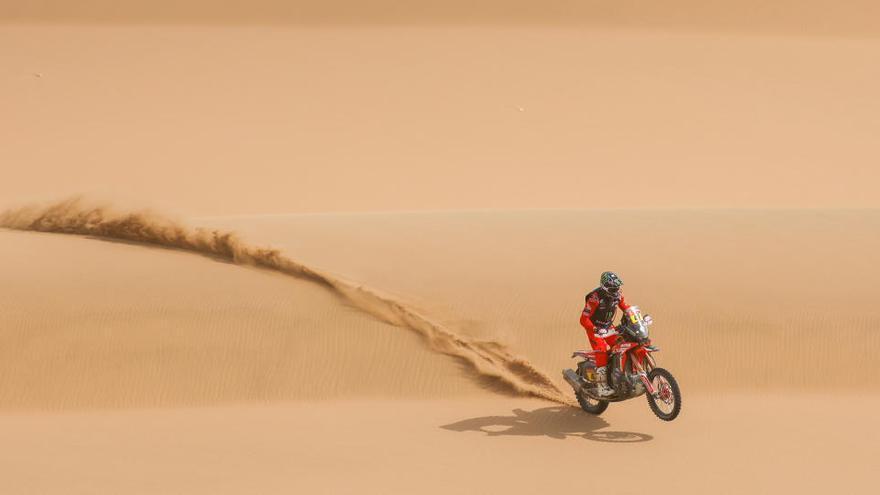 El argentino Kevin Benavides gana la 43 edición del Dakar en motos