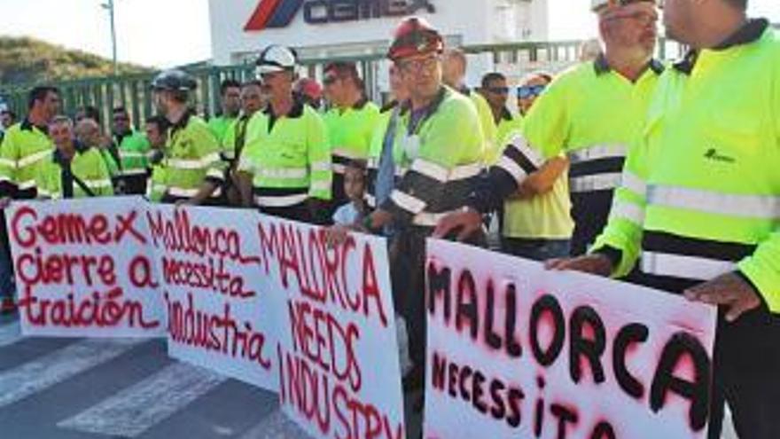 Cemex-Arbeiter kündigen Großdemonstration an