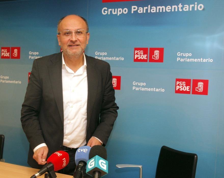 Abel Losada Álvarez (PSOE) Doctor en Ciencias Económicas por la USC, fue concejal del PSOE en Vigo en 2006 y 2007. Fue diputado autonómico en cuatro legislaturas y en la última presidió  la Comisión de Hacienda en el Parlamento gallego.