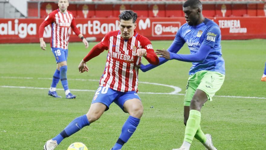 Cristian Salvador, primera incorporación de la SD Huesca