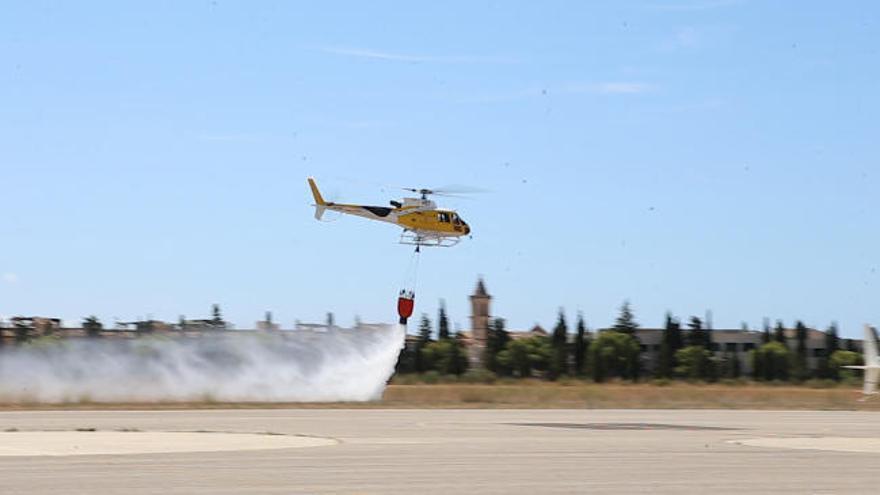 El operativo aéreo contra incendios también lucha contra la Covid-19