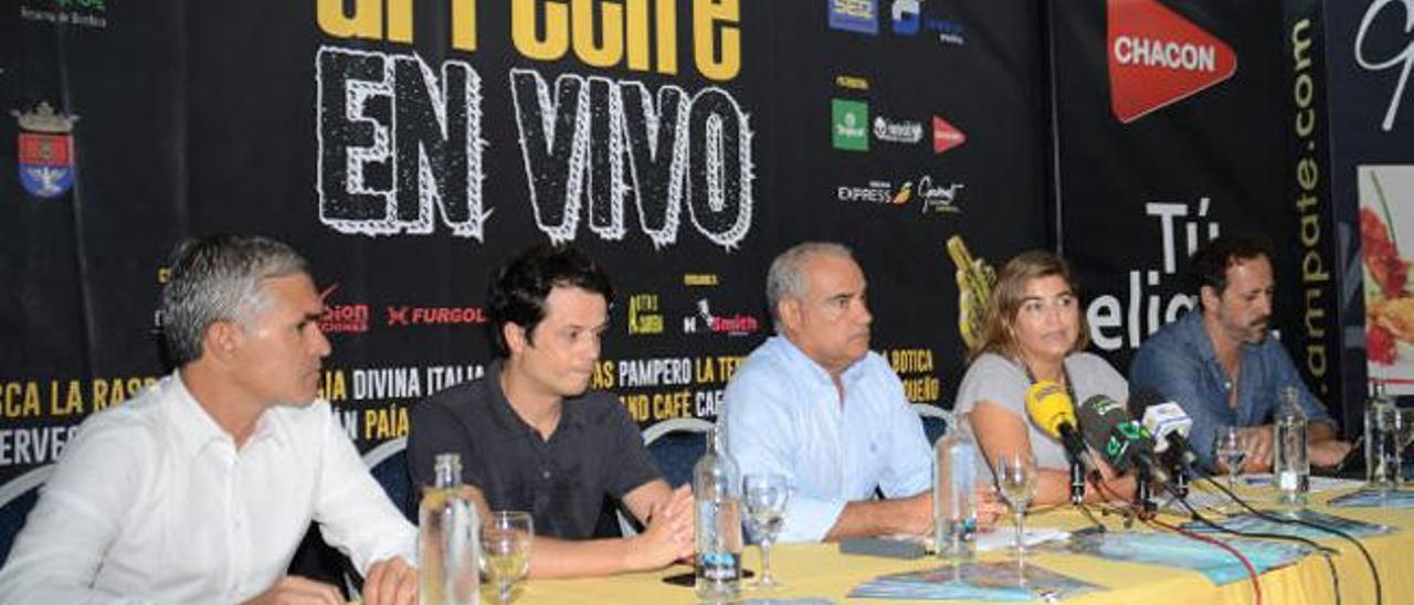 Presentación ayer del festival Arrecife en Vivo, cuyo primer concierto será el 18 de septiembre.