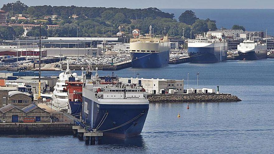 Tres de los contagiados en el buque atracado en Vigo son los primeros casos de la variante india en España