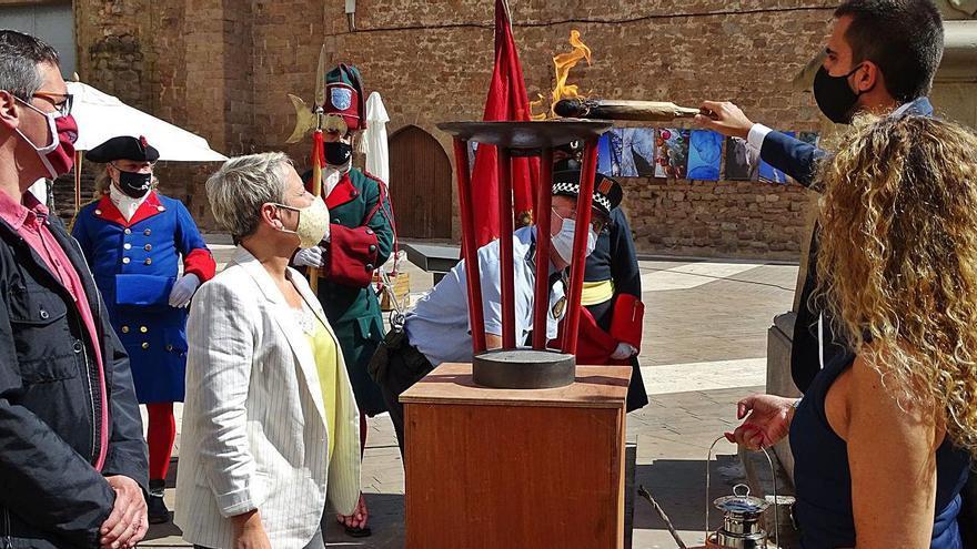 Cardona reivindica amb la Flama de la resistència el dret a  l'autodeterminació