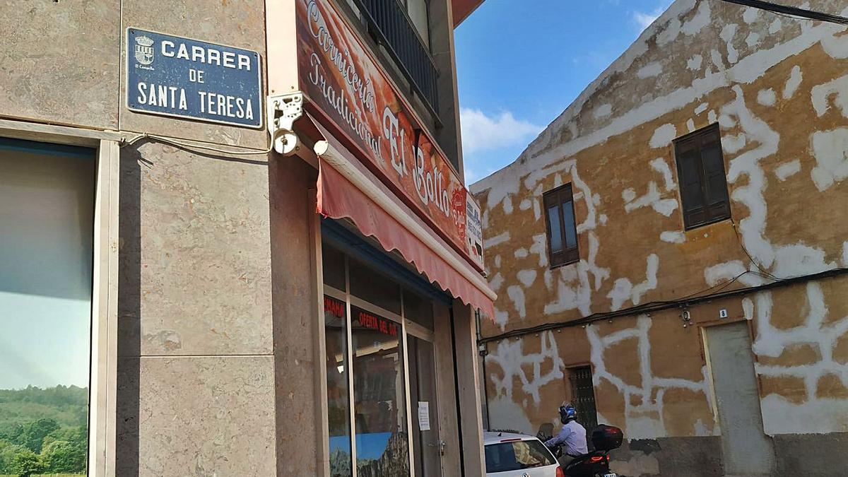 Una de las pocas calles dedicadas a mujeres en El Campello. En este caso, a una santa.