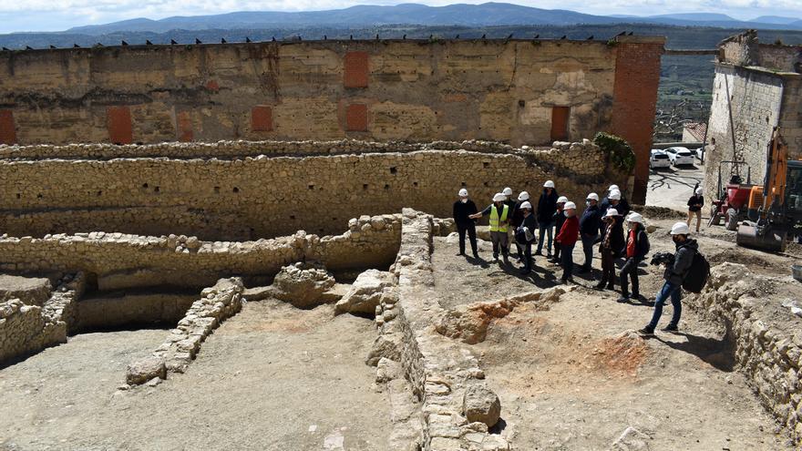La Conselleria estrecha lazos con Morella para culminar las obras del Parador