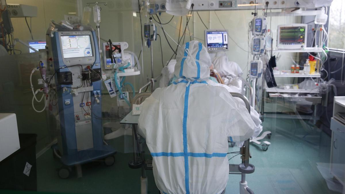 UCI del hospital Montecelo durante la pandemia de COVID-19.