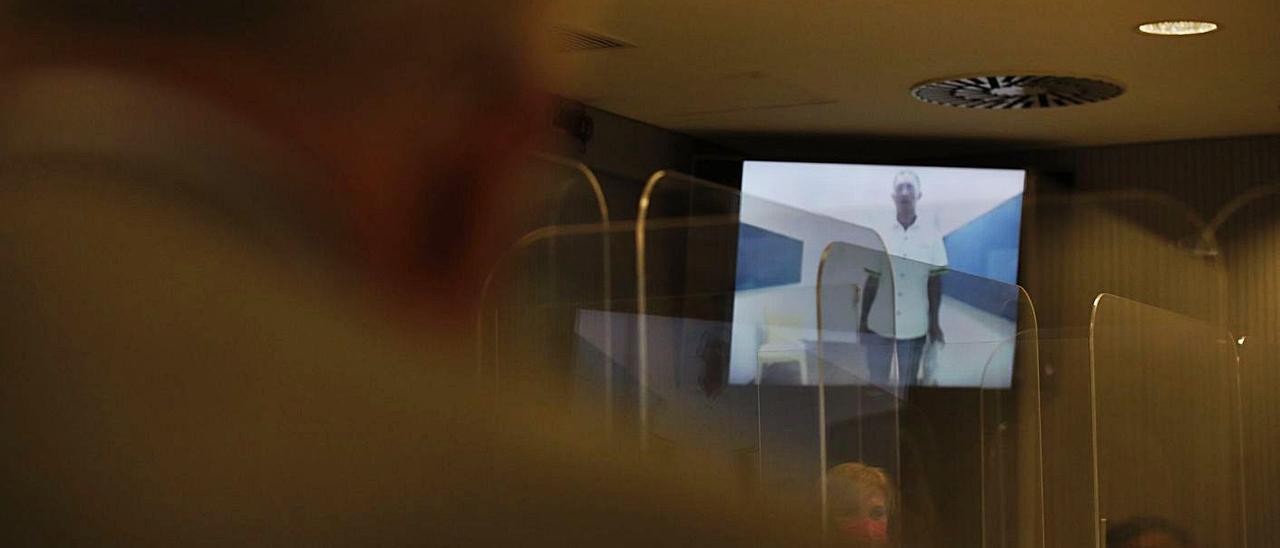 El Zarco declara por videoconferencia en la vista celebrada este jueves. | EFE/JAVIER LIZÓN