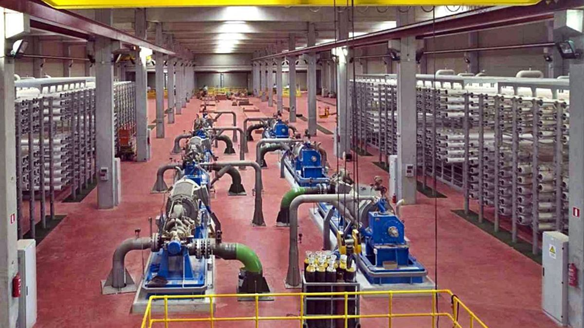 Instalaciones de la desaladora de Valdelentisco, en Cartagena.