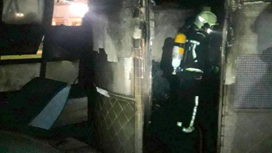Feuerwehr löscht Brand in Hotel an der Playa de Muro
