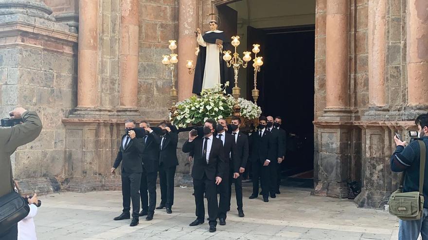 Castellón vive un Sant Vicent de mínimos por las restricciones