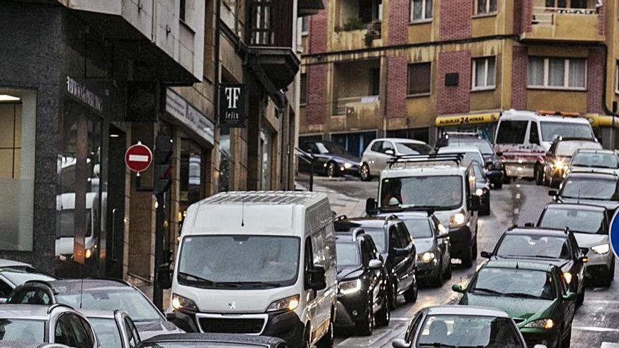 Ciudad Naranco, la ratonera de los coches
