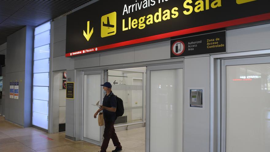 Canarias, sexta comunidad en recepción de pasajeros extranjeros en julio, con 425.826