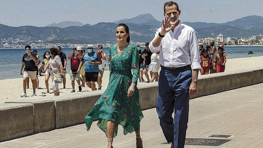 El Rey piloto descubre la Mallorca de la calle del Jamón