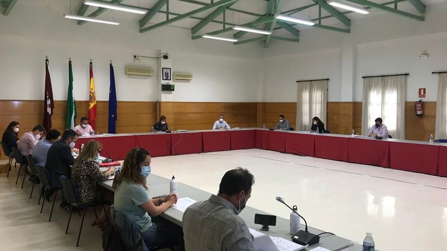 PSOE e IU imponen el presupuesto municipal de Baena con la aprobación de 33 enmiendas