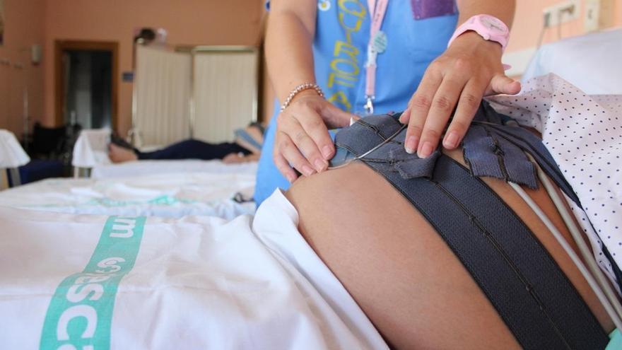 Sanitat actualiza la normativa para el acompañamiento de las embarazadas y las personas ingresadas