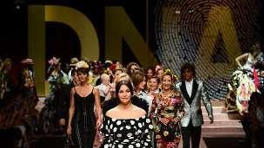 Monica Bellucci y Carla Bruni, en el cierre de la Semana de la Moda de Milán