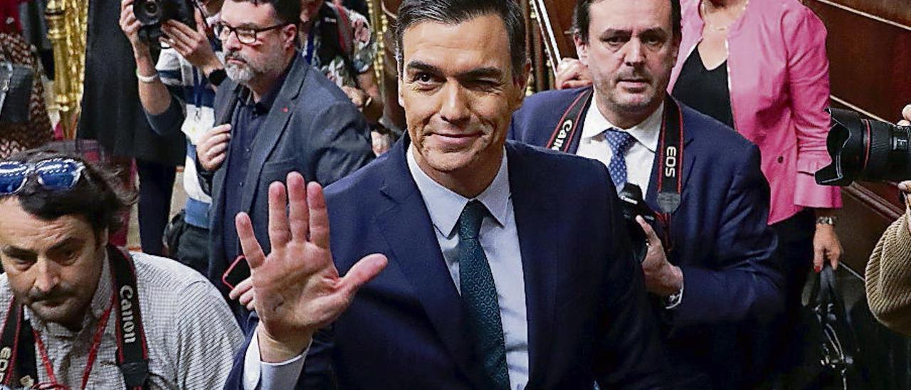 """Un asturiano denuncia a Pedro Sánchez por """"alta traición"""""""