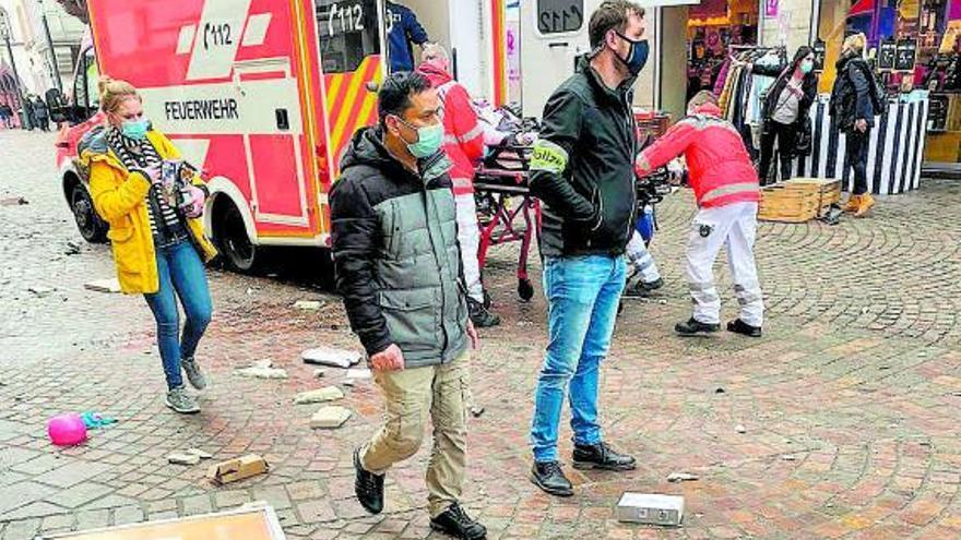 Al menos 5 muertos, uno de ellos un bebé, en un atropello múltiple en Alemania