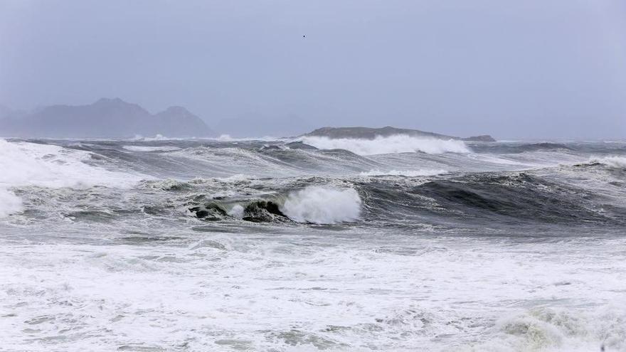 La borrasca Bárbara se presentará mañana en Galicia con lluvia y viento