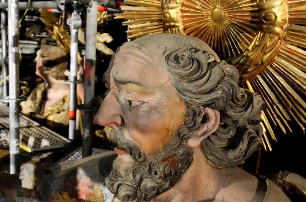 La restauració del retaule major del Santuari del Miracle de Riner