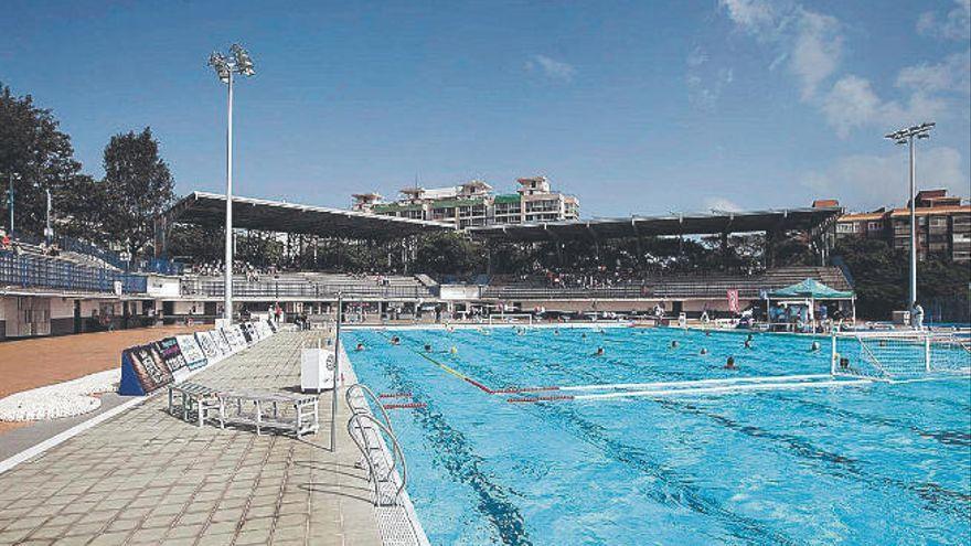 El Ayuntamiento de Santa Cruz adjudica el mantenimiento integral de la piscina Acidalio Lorenzo
