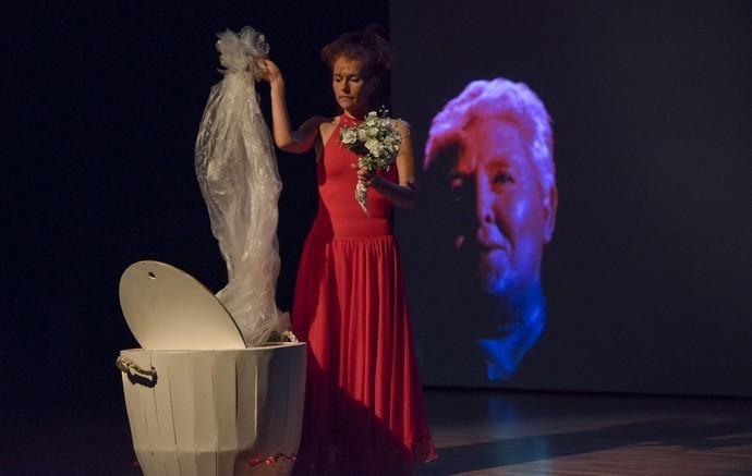 15/11/2017 MOYA. Performance sobre la mujer rural  en el foro Surca Villa Moya. FOTO: J. PÉREZ CURBELO
