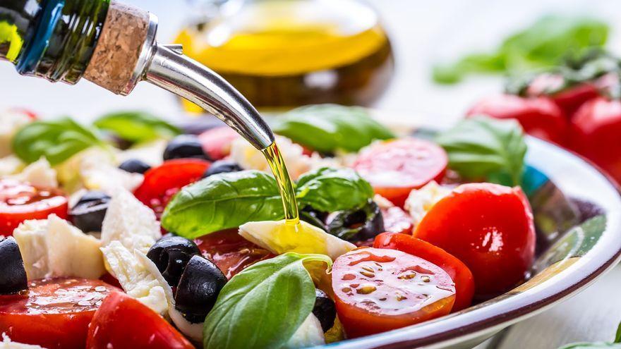 El superalimento de moda para cenar de solo 25 calorías ideal para adelgazar y prevenir enfermedades