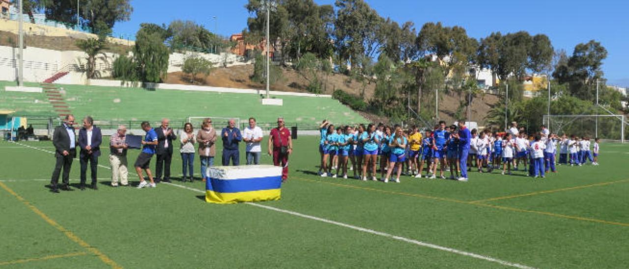 Vista de una de las competiciones que celebró el colegio Marpe en el complejo deportivo López Socas.