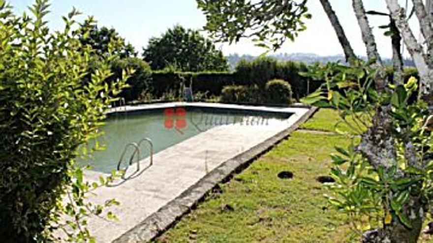 800.000 € Venta de casa en San Marcos (Son Afora) (Santiago de Compostela) 12470 m2, 5 habitaciones, 6 baños, 64 €/m2...