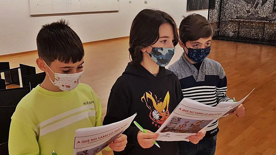 Niños cambreses visitan el arte de la Fundación Jove