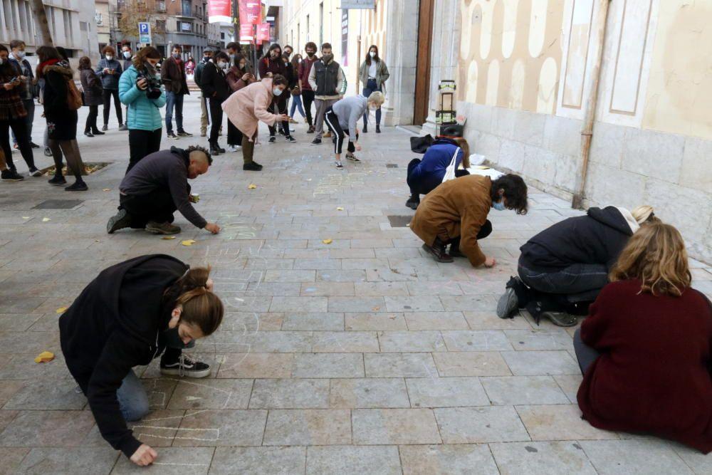 Protesta del sector cultural gironí per reclamar «ajudes directes»