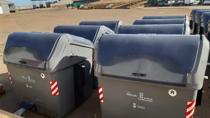 Comienza la colocación en Benavente de 27 nuevos contenedores de carga lateral