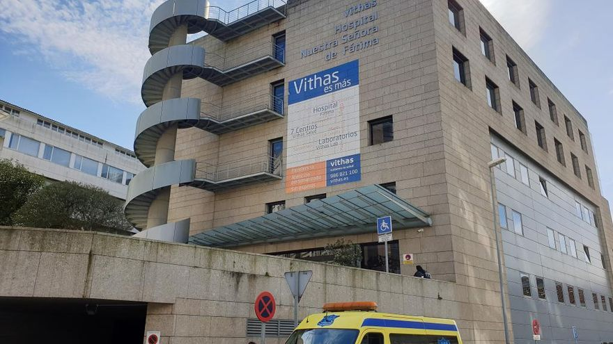 Hospitalizados en Vigo con COVID once tripulantes de un barco atracado en la ciudad