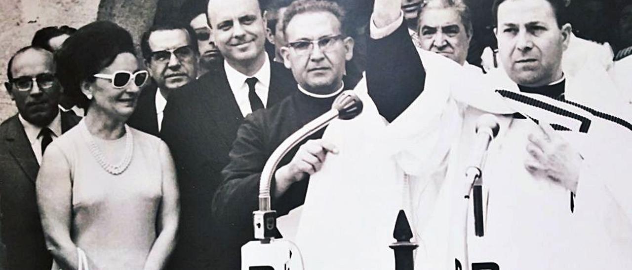 La maleza se traga el club de Xàbia que reunió al poder en los años 70 y 80