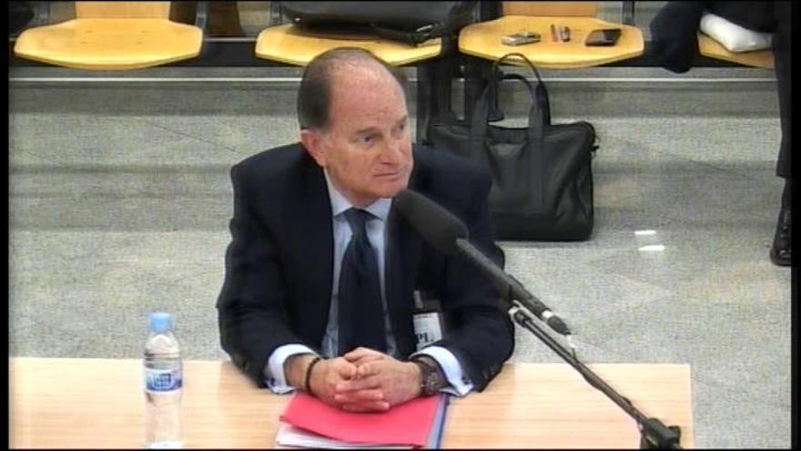 Sepúlveda admite los regalos de Correa pero exculpa a Ana Mato