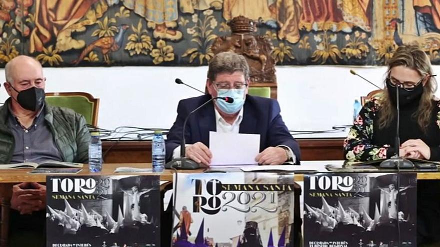 """Presentación de la revista """"Toro Cofrade"""""""