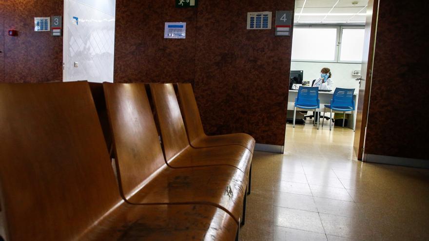 Los sindicatos claman contra la falta de médicos en el interior de Castellón y piden soluciones urgentes